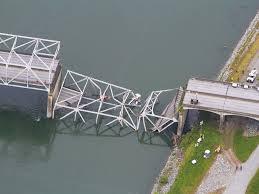 Washington Bridge Colapses