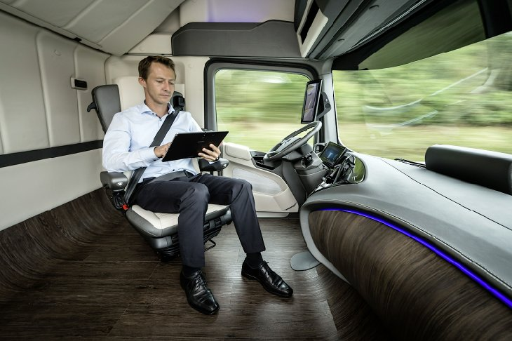 Mercedes-Benz Future Truck Technology