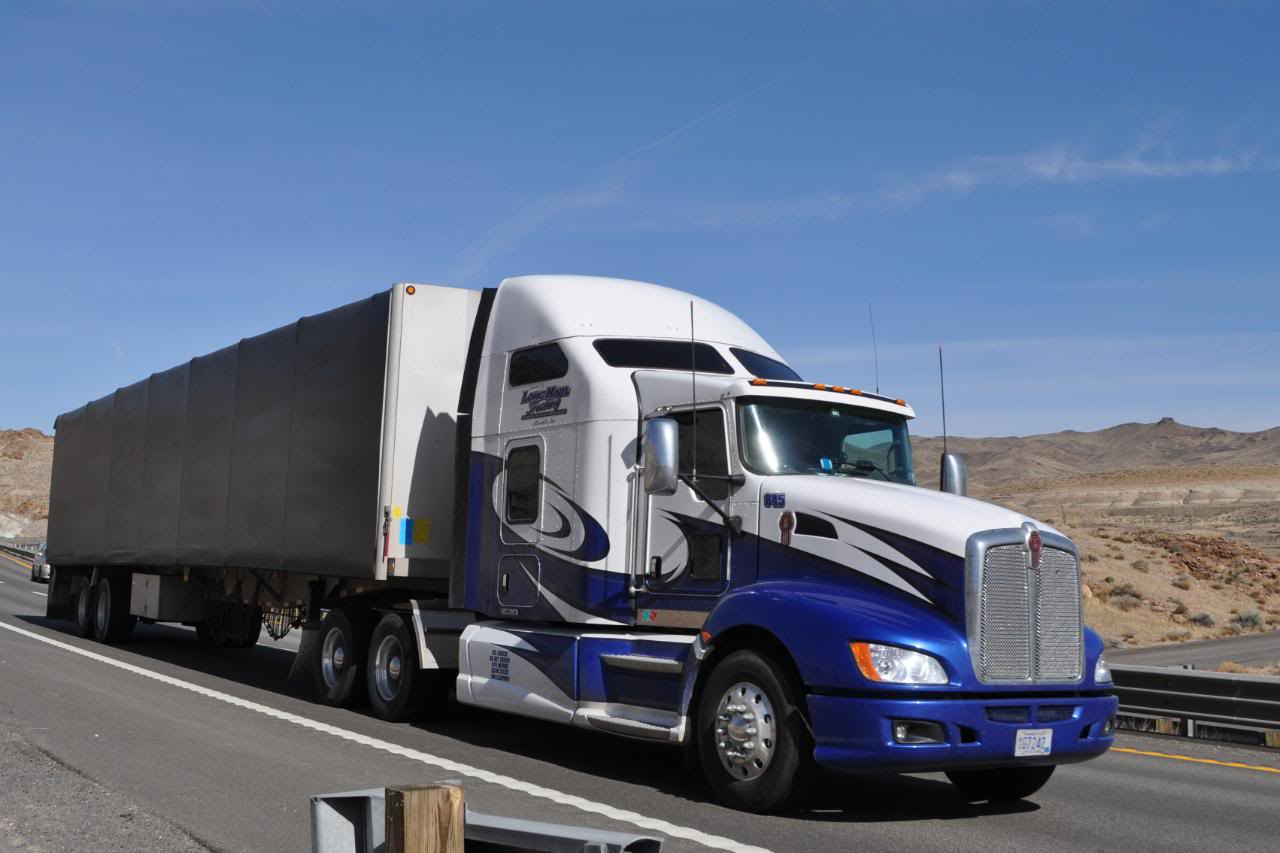 Long Haul Trucking >> Long Haul Truck Driving Over The Road Trucking