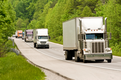 Spot Rates Drop For Tractor-Trailers