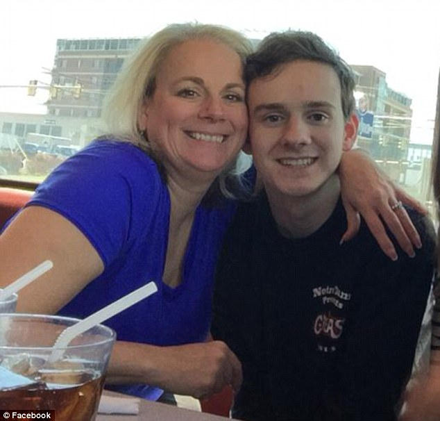 Mom Post Video Calling Out Son Gone To College That Hadn't Called Home