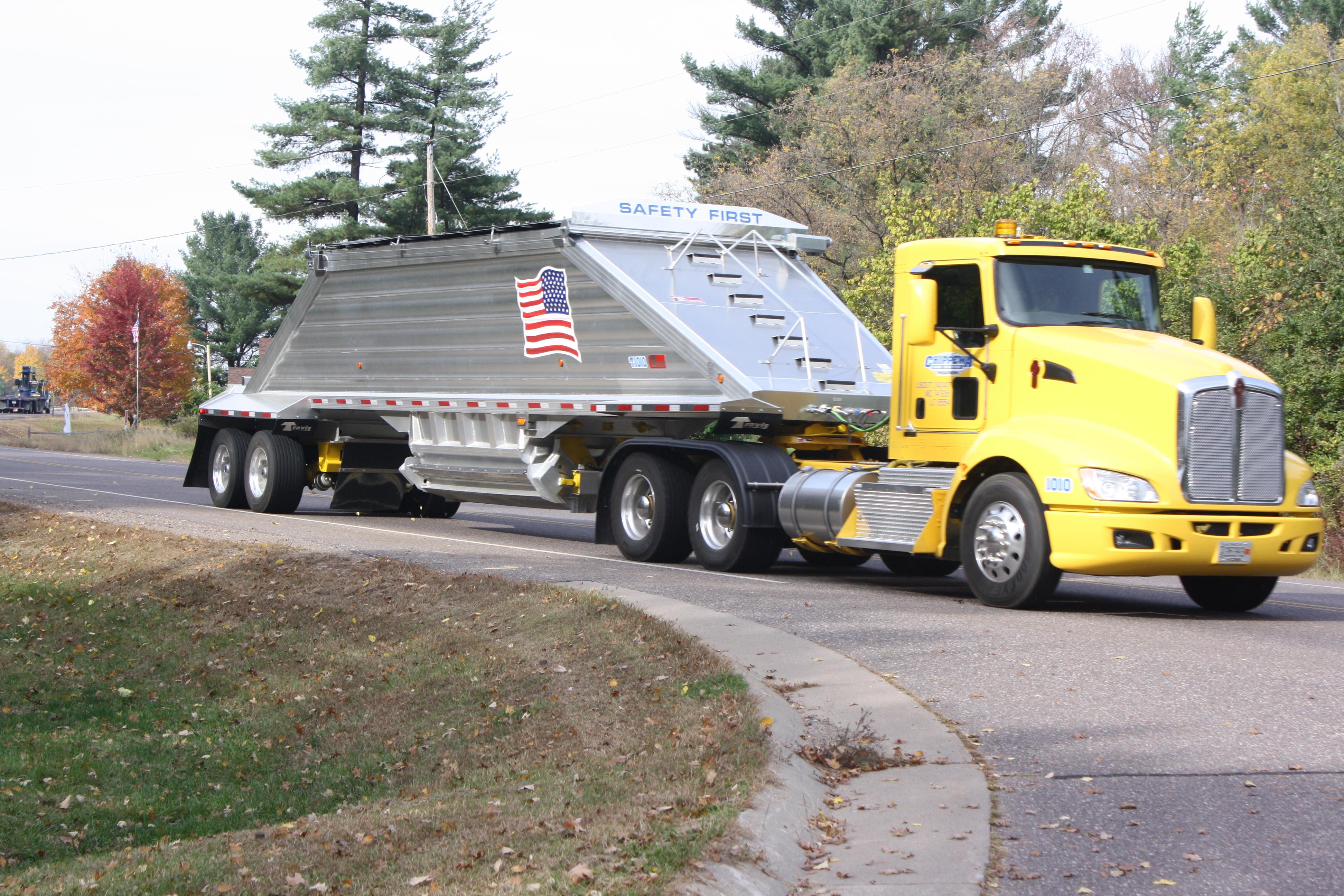 August 2015 Trucking Jobs